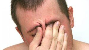 mal di testa frontale